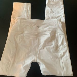 white lululemon cropped leggings